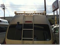 アイバルーフキャリア取り付け!ハイエース200系4WD特装車キャンピングカー