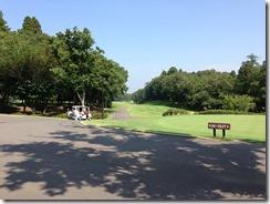 麻倉ゴルフ倶楽部クラブハウス前